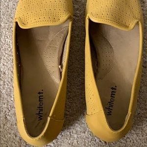 White Mountain Shoes - White Mt. Mustard Loafers NWOT
